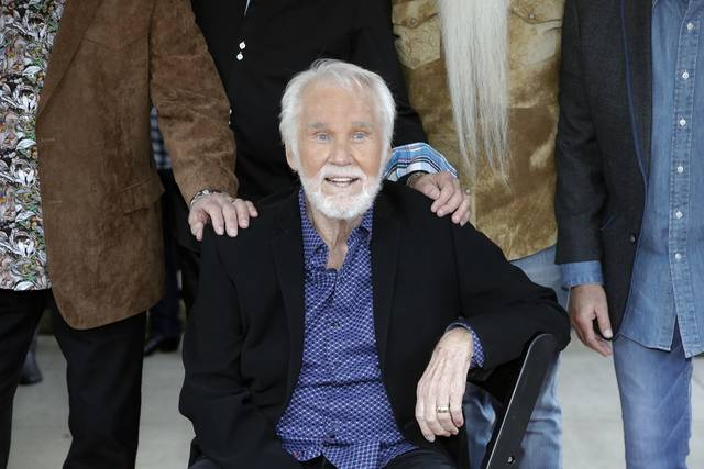 Country icon Kenny Rogers cancels tour, Kirby show due to health challenges