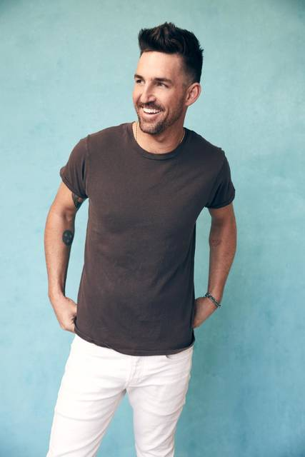 Jake Owen brought signature sound to Kirby Center